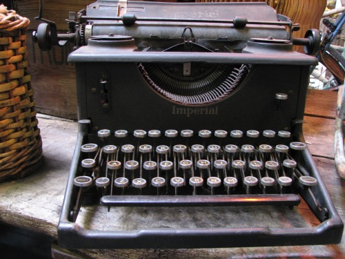 I can use a typewriter
