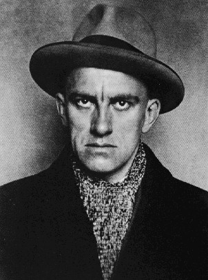 Mayakovsky  - a sotry is more powerful than the Tsar