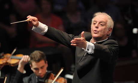 Daniel Barenboim conducts Beethoven's Choral Symphony