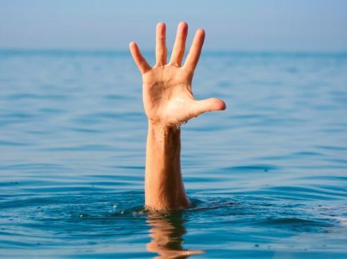 hand-drowning