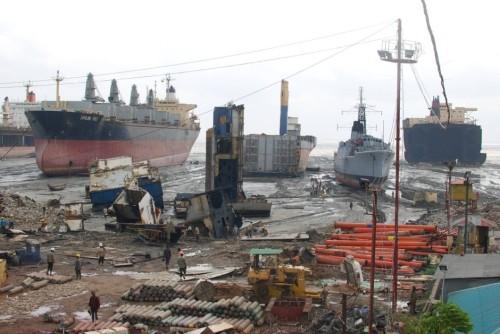 ship-scrapyard